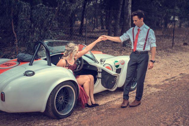 ドライブデートが女性と親密になれるワケ