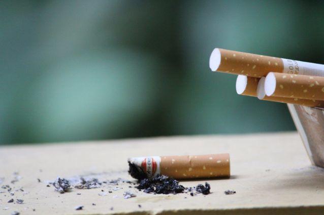 ペニスが小さくなる原因2、喫煙