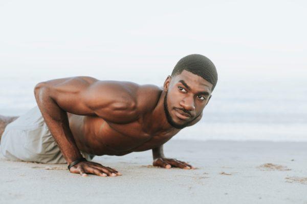 腕立て伏せは何回を何セットすれば筋肉がつくのか