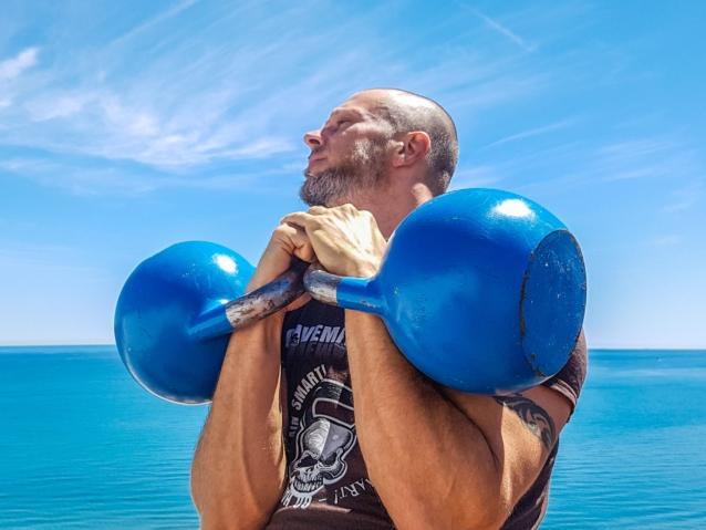 プロテイン(タンパク質)の過剰摂取は病気になる?