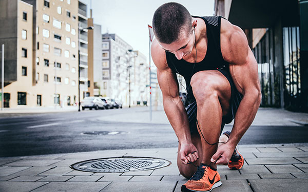 大腿四頭筋を鍛えるトレーニングメニュー