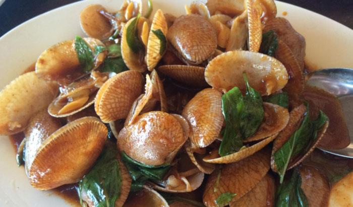 オイスターやムール貝、赤貝